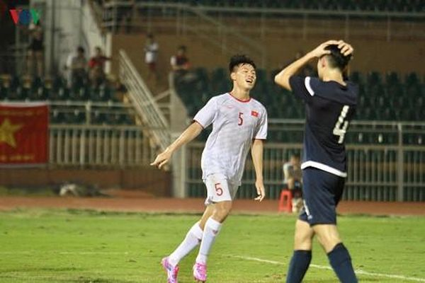 Vòng loại U19 châu Á: Hạ Guam, U19 Việt Nam chờ quyết đấu Nhật Bản