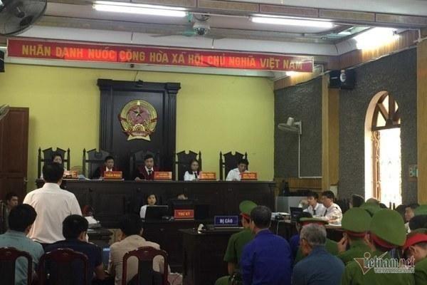 Công khai danh tính 46 đảng viên có con được nâng điểm ở Sơn La