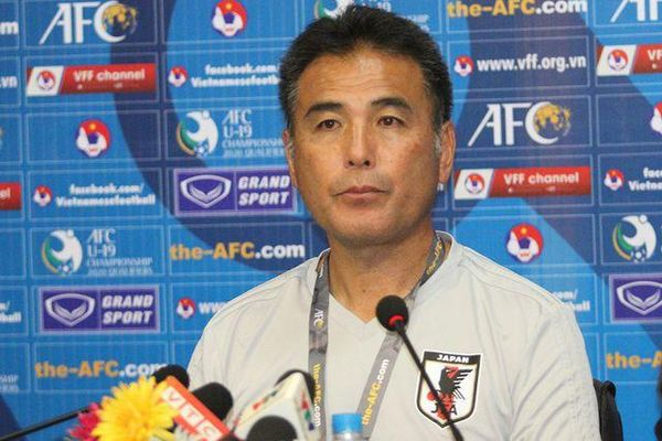 HLV Nhật Bản thừa nhận bị U19 Việt Nam 'bắt bài'