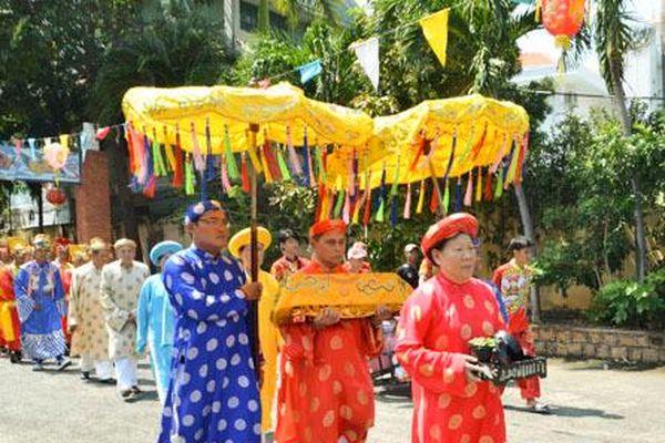 Hơn 1.500 lượt người dự Lễ hội cúng miễu Bà Ngũ Hành