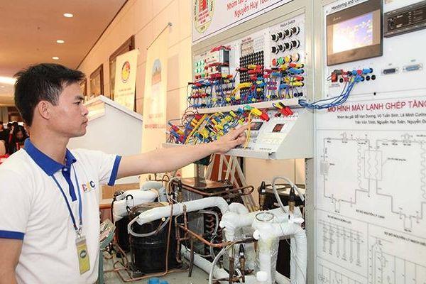 Khai mạc triển lãm thiết bị đào tạo giáo dục nghề nghiệp