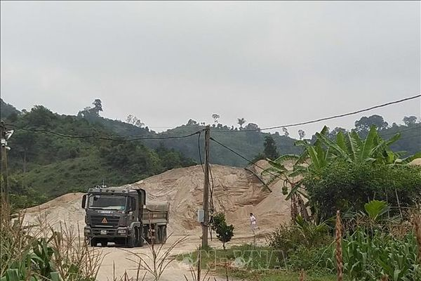 Bất thường trong hoạt động khai thác, kinh doanh cát xây dựng tại Đắk Nông