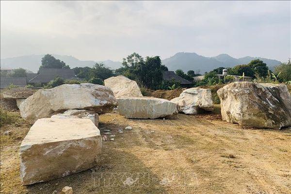 Sẽ xử lý dứt điểm việc khai thác đá trái phép tại Suối Giàng