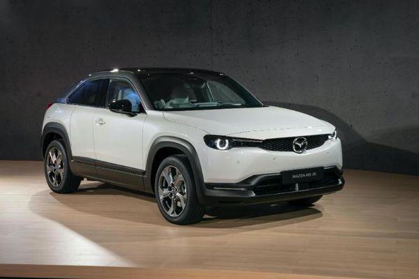Hình ảnh chi tiết mẫu crossover điện Mazda MX-30 2020
