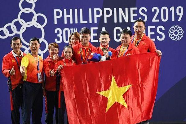 Thể thao Việt Nam 'hái vàng'