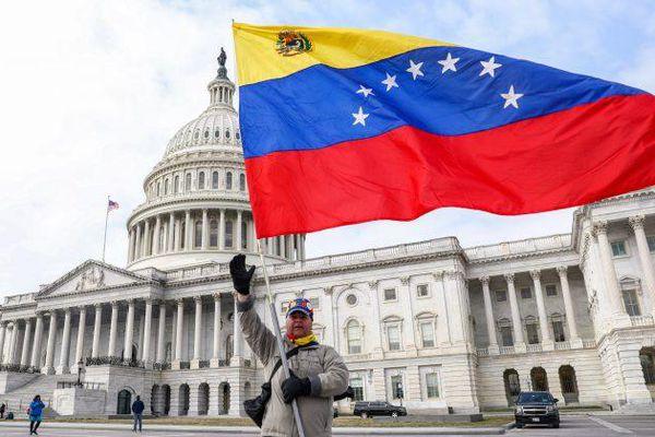 Mỹ áp đặt lệnh trừng phạt mới nhằm vào Venezuela