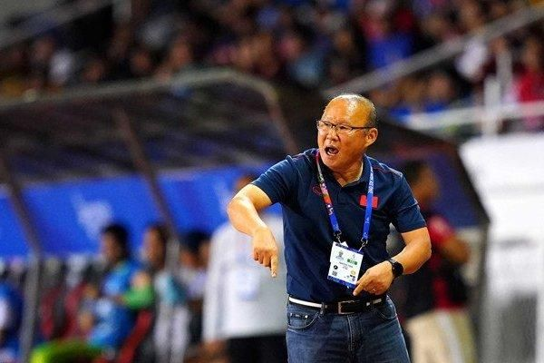 HLV Park Hang-seo sẽ giải thành công 'bài toán đối đầu sư tử' dưới trời mưa bão với Singapore'