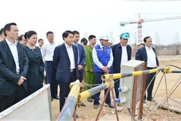Chủ tịch Chung yêu cầu rút kinh nghiệm giá nước sông Đuống