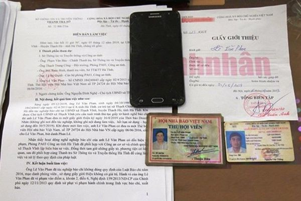 Hà Tĩnh: Phạt 10 triệu đồng phóng viên 'dởm' trong lúc đang thụ án vẫn đi 'làm luật'