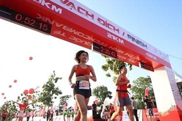 Trao giải Marathon Quốc tế TP Hồ Chí Minh Techcombank 2019