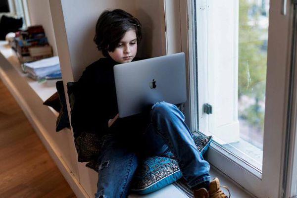 Thần đồng 9 tuổi bỏ đại học khi sắp lấy bằng