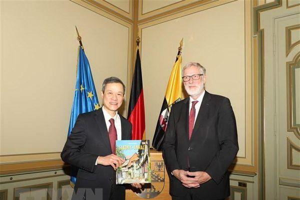 Đẩy mạnh hợp tác giữa Việt Nam và bang Sachsen-Alhalt của Đức