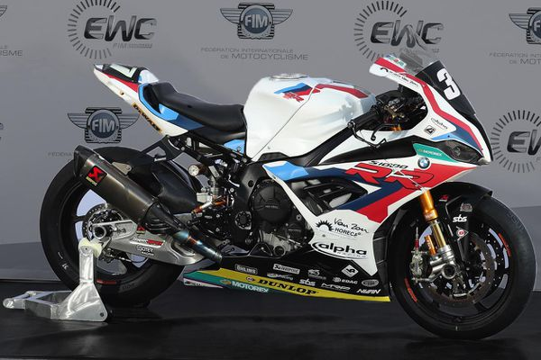 Chi tiết BMW S1000RR phiên bản đua dùng trong giải 8 Hours of Sepang