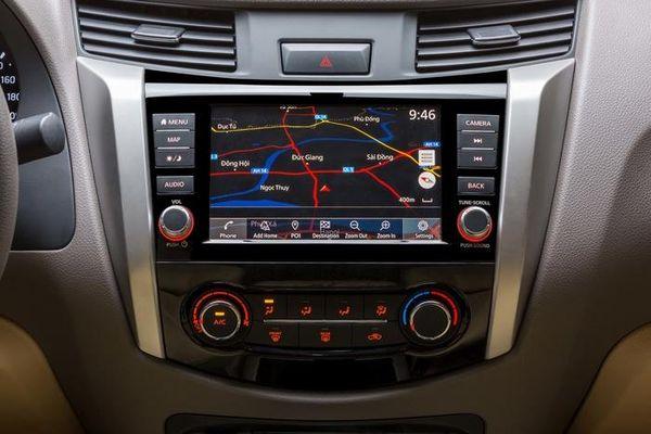 Bộ đôi Nissan Navara VL A-IVI và SL A-IVI vừa ra mắt có gì hấp dẫn?