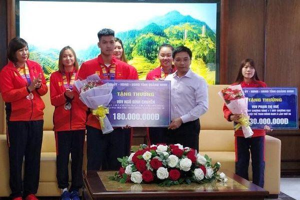 Quảng Ninh thưởng hơn 1,6 tỷ đồng cho đoàn thể thao tại SEA Games 30