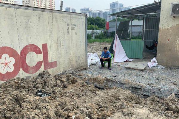 Quận 2 (TP HCM): Chung cư Khởi Thành bị tố chiếm dụng đường đi