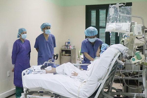 Nữ bệnh nhân được sửa dị tật tim, ghép phổi sẽ ra viện trước Tết