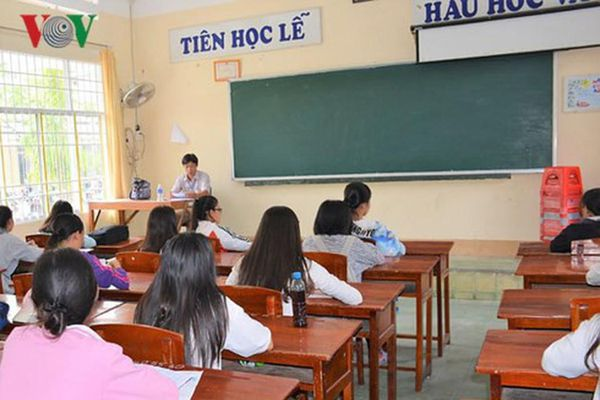 Giáo viên coi thi dễ dãi sẽ không công bằng với những học sinh chăm chỉ