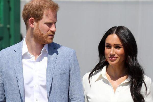 Hoàng tử Harry và công nương Meghan muốn 'rút' khỏi gia đình Hoàng gia