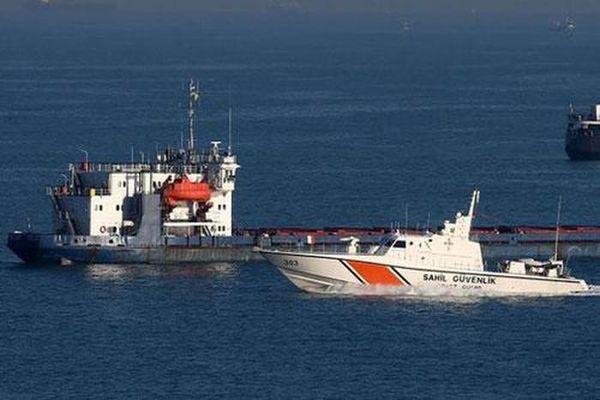Tàu cá Thổ Nhĩ Kỳ va chạm tàu chở dầu Nga, 3 người thiệt mạng