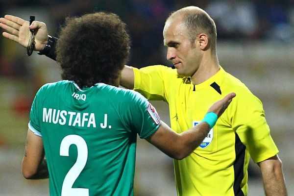 HLV U23 Iraq nói gì về quả phạt đền trong trận gặp Thái Lan
