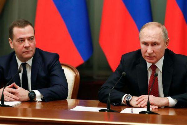 Toàn bộ chính phủ từ chức - địa chấn chính trường Nga