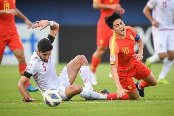 Bằng chứng cầu thủ U23 Trung Quốc có nhiều điểm yếu