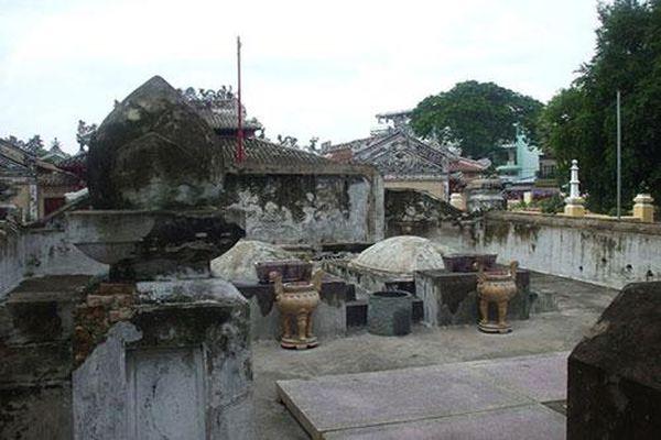 Những bản án kỳ cục của triều Nguyễn