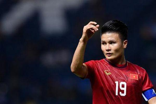 Quang Hải nói gì về sai lầm của thủ môn Bùi Tiến Dũng?
