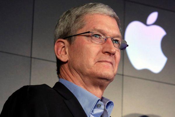 Apple 'lột xác' ra sao dưới thời Tim Cook?