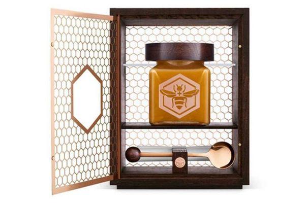 Lọ mật ong bé tý có gì đặc biệt... giá 40 triệu đồng?