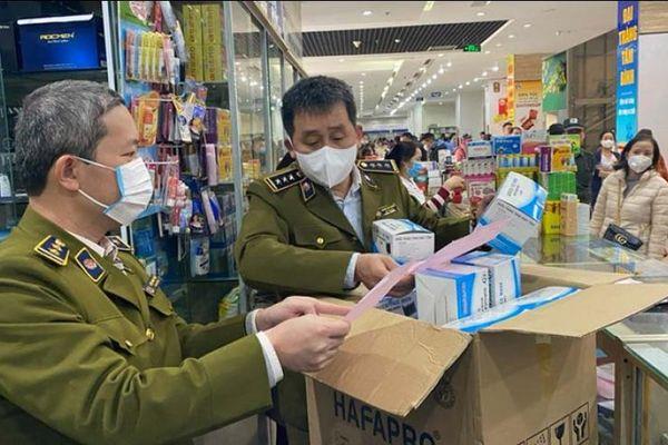 Xử lý 85 cơ sở kinh doanh tăng giá khẩu trang, thiết bị y tế