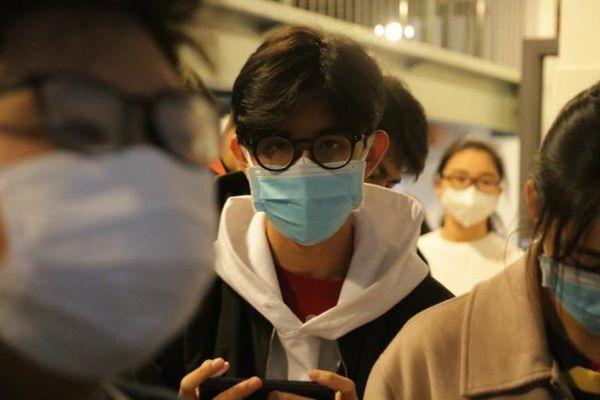 Hàng loạt trường đại học tiếp tục cho sinh viên nghỉ để chống dịch corona