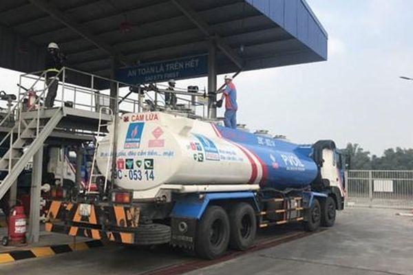 Quản lý chặt việc chấp hành nghĩa vụ thuế của các doanh nghiệp kinh doanh xăng dầu