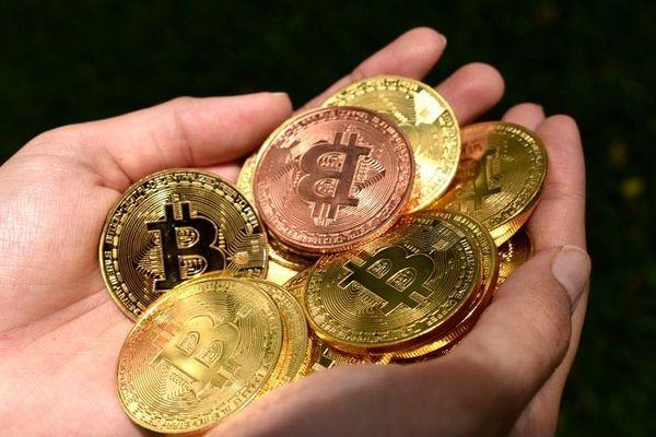 Bitcoin đứt mạch tăng trưởng