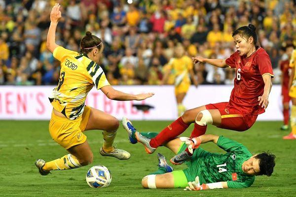Không còn gì để mất, 'những nữ chiến binh sao vàng' sẽ chơi đôi công với Australia?