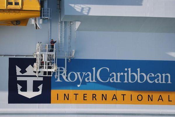 Chile cách ly 2 du thuyền với gần 1.300 hành khách và thủy thủ đoàn