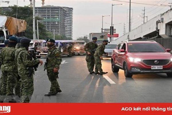 Manila thực hiện phong tỏa, Bắc Kinh cách ly người từ nước ngoài