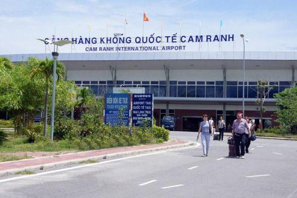 Thực hư tin máy bay Nga hạ cánh ở Cam Ranh nhận tin báo có bom