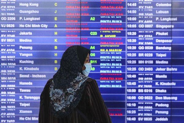 Diễn biến dịch COVID-19 tại các nước ASEAN: Trở thành 'điểm nóng', Malaysia phong tỏa toàn quốc và đóng cửa biên giới