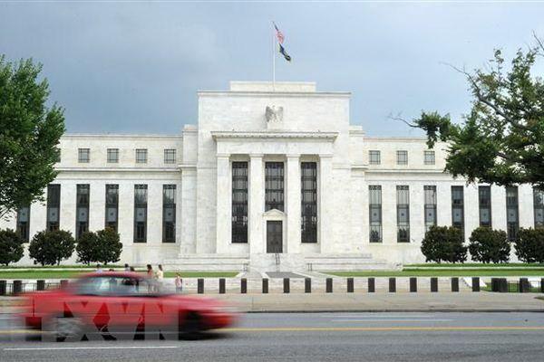 Fed hành động nhanh giữa lúc Quốc hội bế tắc với gói 1.000 tỷ USD