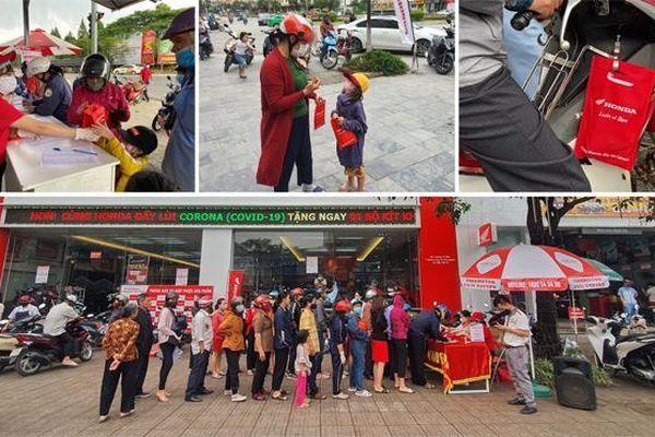 'Honda luôn vì bạn' – Hành trình trao tặng 200.000 túi đỏ kỳ diệu đẩy lùi COVID-19