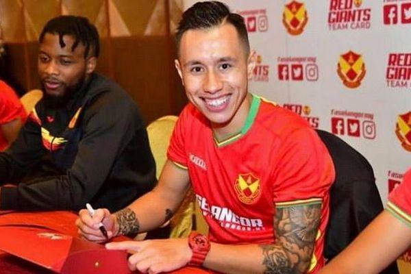 Hiệp hội cầu thủ Malaysia từ chối giảm lương trong mùa dịch