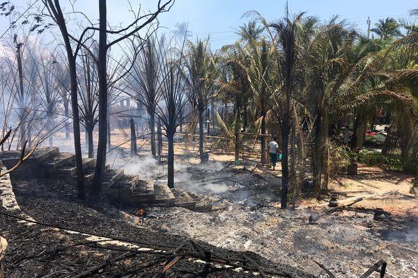 Cháy lớn thiêu rụi khu nhà hàng, quán bar ở 'thủ đô' resort