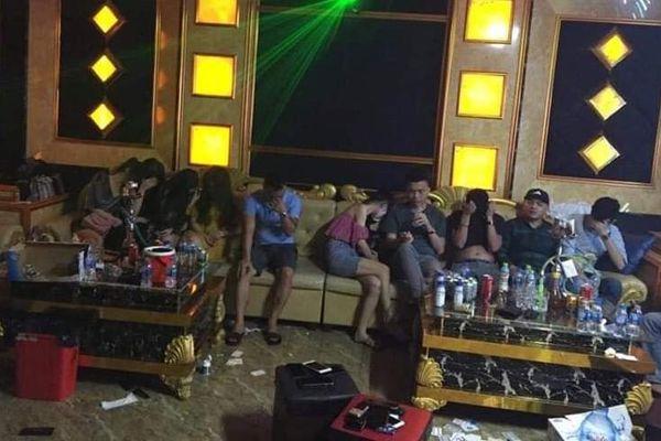 Khởi tố 1 bị can vụ 76 người 'mở tiệc' ma túy trong quán karaoke