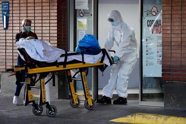 Tình hình COVID-19 đến 16 giờ ngày 4/4: Gần 60.000 người tử vong