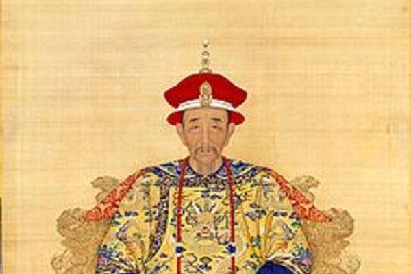 Vua Khang Hy và những sự thật chưa được nhắc đến trong phim