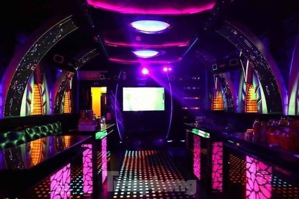 Thu hồi giấy phép quán karaoke hoạt động, để khách dùng ma túy giữa dịch COVID-19
