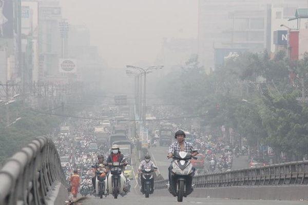 Ô nhiễm bụi rõ nhất tại các trục giao thông và khu công nghiệp.
