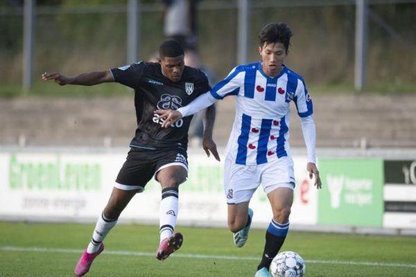 Cựu HLV Heerenveen: 'Đoàn Văn Hậu chưa đủ khả năng chơi cho Heerenveen'